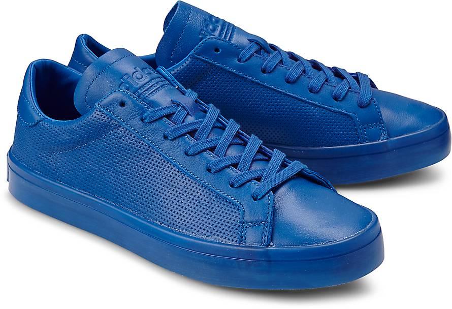 https://images.goertz.de/is/image/Goertzmedia/Adidas-Originals-COURT-VANTAGE-FULL-blau-mittel~45374802~front~890.jpg