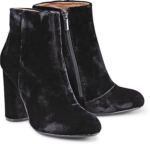 Another A Samt-Stiefelette