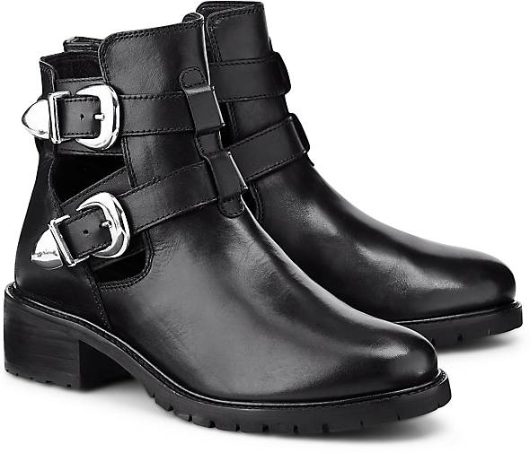 Another A Trend-Bootie