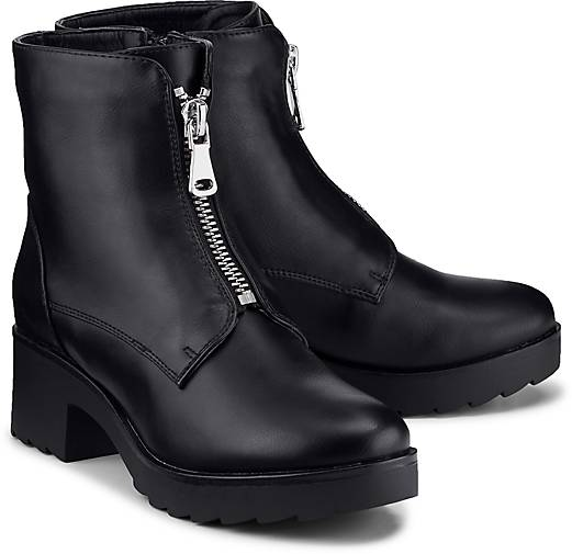 Another A Trend-Boots