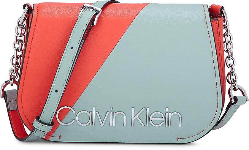 Calvin Klein DRESSED UP XBODY