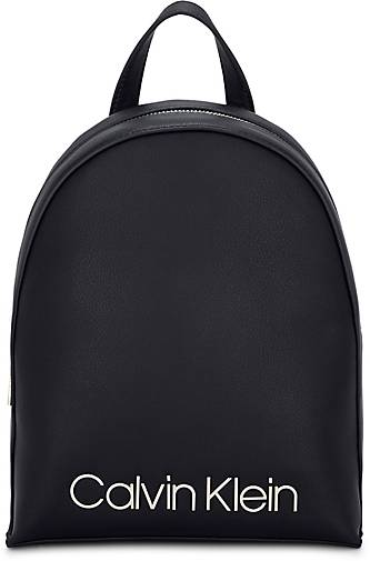 Calvin Klein MUST SMALL BACKPACK