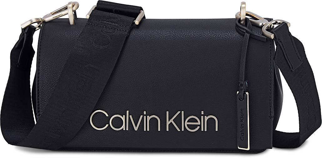 Calvin Klein Tasche Candy Shoulder In Schwarz Kaufen 47465601 Gortz