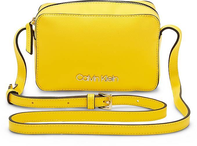 Calvin Klein Tasche CK MUST CAMERABAG CAV
