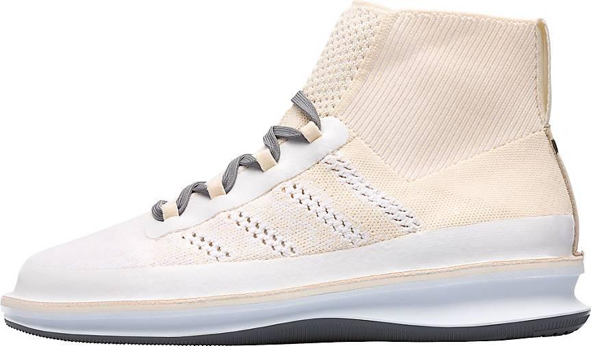 Camper Sneaker Rolling