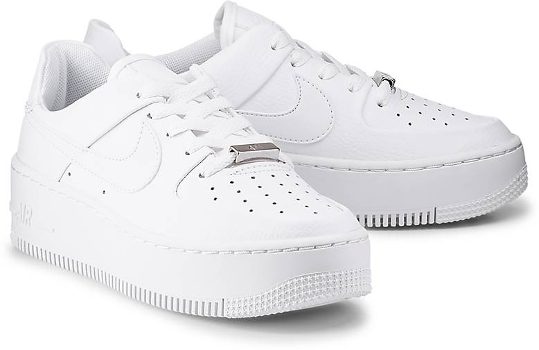 finest selection caea6 c3643 Nike AIR FORCE 1 SAGE LOW