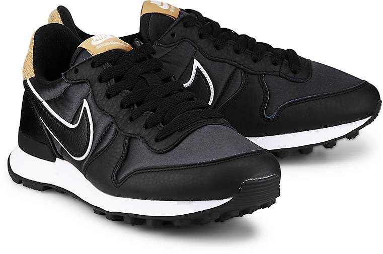 Nike INTERNATIONALIST HEAT