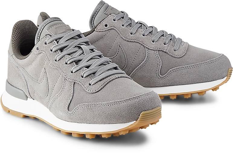 NIKE Internationalist SE Damen Sneaker - khaki 40,5