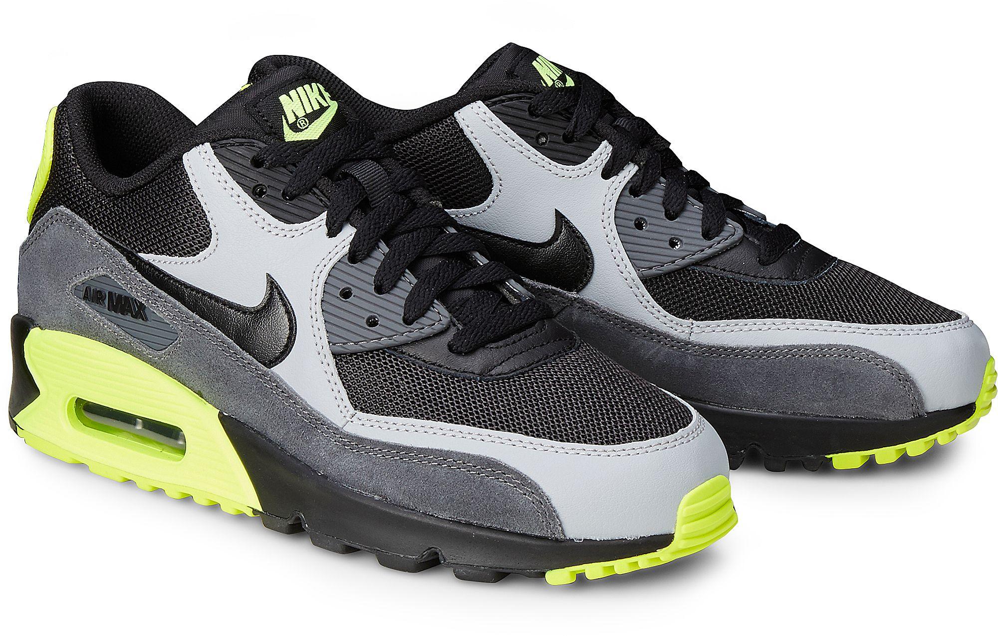 39dd9bd9c4f0b6 Sneaker AIR MAX 90 von Nike in schwarz für Jungen. Gr. 35