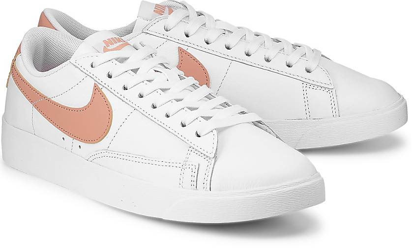 reputable site 89571 941ab Nike Sneaker BLAZER LOW
