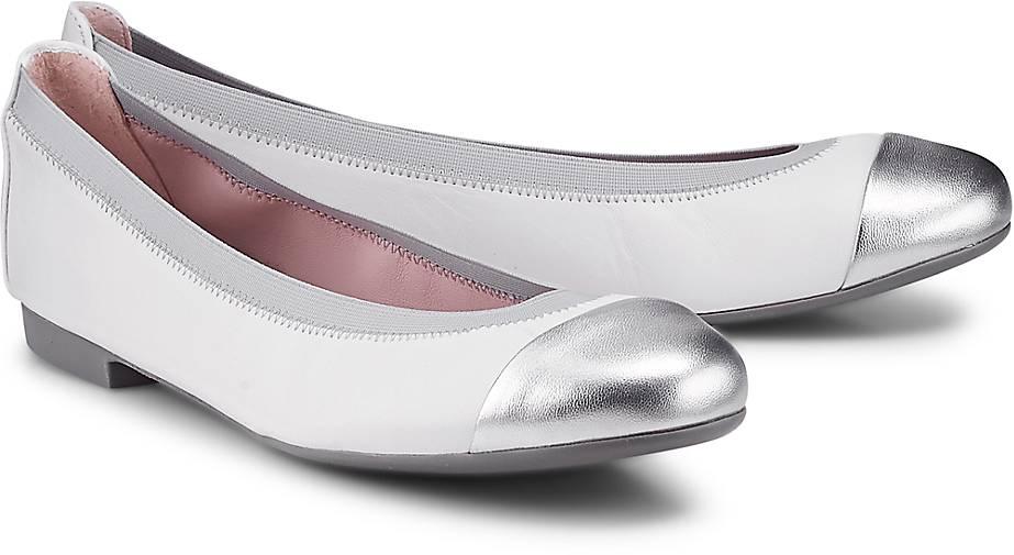Pretty Ballerinas Ballerina SHIRLEY in weiß kaufen - 65201536 | GÖRTZ