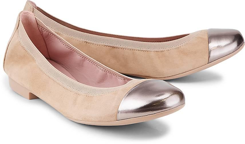 release date ae32f 46022 Leder-Ballerina