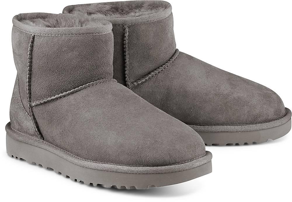 UGG  Boots Classic Mini Ii in dunkelgrau  Stiefel für Damen   Schuhe > Stiefeletten   Ugg