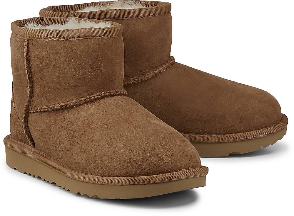 Boots Classic Mini von UGG in braun für Jungen. Gr. 31,32.5,33.5 Preisvergleich