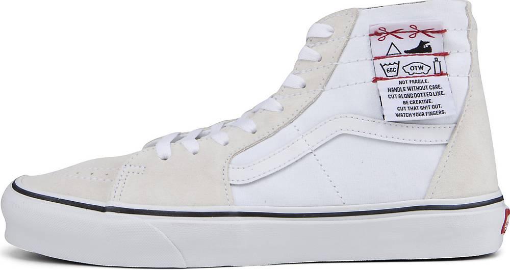 Artikel klicken und genauer betrachten! - Sneaker von Vans. Die DIY-Kollektion erinnert an die Anfänge von Vans und bietet dir die Möglichkeit, deine Vans beliebig zu personalisieren. Färbe etwas ein, schneide etwas anderes ab - du hast die Wahl! Zeig, wer du bist, und trage deinen ganz eigenen Stil. Die DIY Sk8-Hi Tapered Schuhe sind schmaler geschnitten als die traditionellen Sk8-Hi.   im Online Shop kaufen