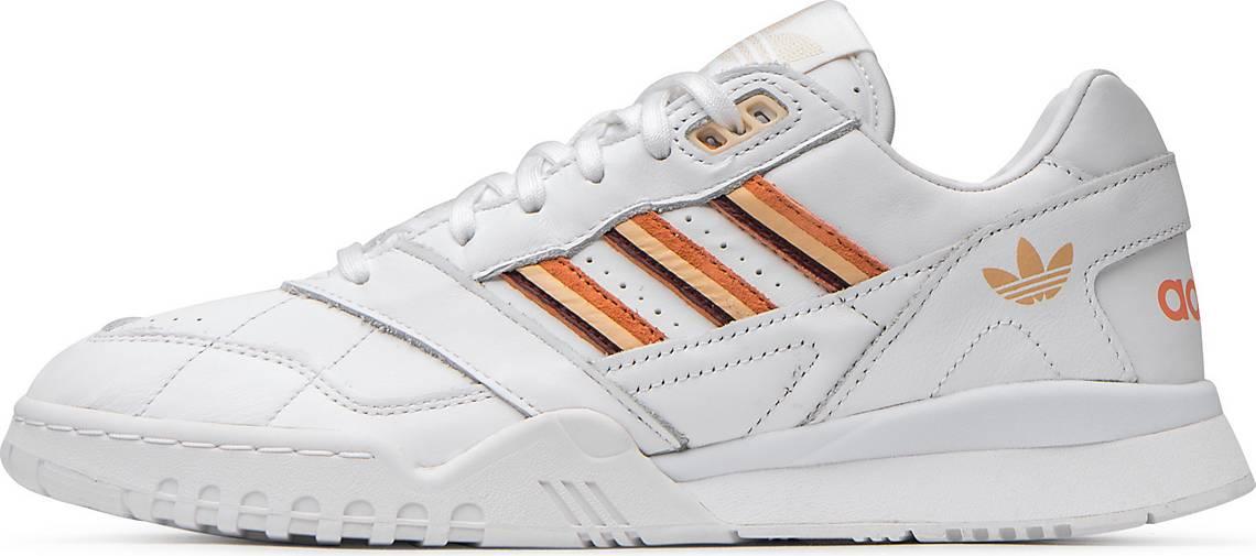 Sneaker A.R. Trainer W