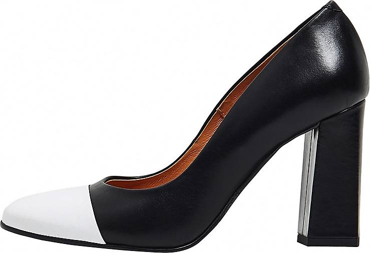 usha BLACK LABEL Pumps